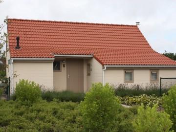 Het plaatsen van vakantiewoningen in geprefabriceerd beton.